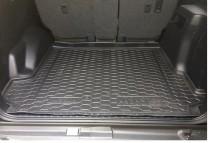 Резиновые коврики в багажник Toyota Land Cruiser 150 (Prado) (5мест) (2018>)